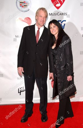 John Tesh and Connie Sellecca