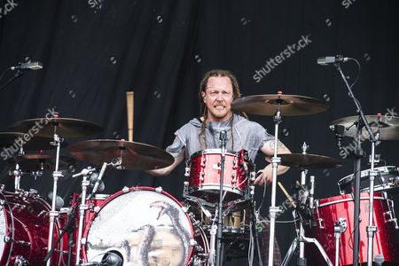 Shinedown - Barry Kerch