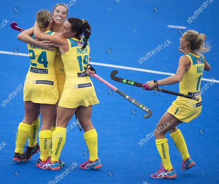 GRACE STEWART CELEBRATES HER GOAL WITH MARIAH WILLIAMS, GEORGIE PARKER AND GABI NANCE Hero Champions Trophy 2016, Lee Valley Hockey Centre Queen Elizabeth Olympic Park London Picture: Sandra Mailer 19/06/16