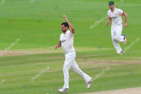 Clint McKay of Leicestershire celebrates taking the wicket of Jesse Ryder during Essex CCC vs Leicestershire CCC, Specsavers County Championship Division 2 Cricket at the Essex County Ground on 22nd June 2016