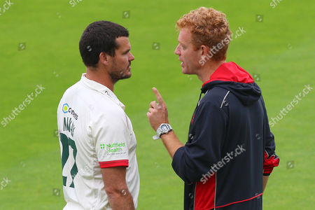 Leicestershire Elite Performance Director Andrew McDonald (R) speaks to Clint McKay ahead of Essex CCC vs Leicestershire CCC, Specsavers County Championship Division 2 Cricket at the Essex County Ground on 22nd June 2016
