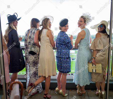 Zoe Peonica, Victoria van Holthe, Tansy Aspinall, Harriet Hadfield, Amy Williams and Olivia Wayne