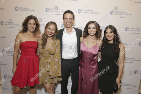 Ana Ortiz, Anjelah Johnson, Christopher Gorham, Anel Lopez, America Ferrera