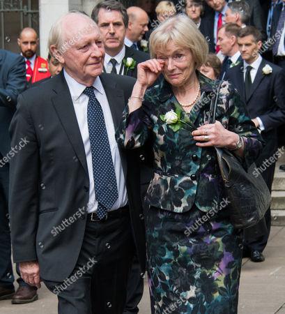 Neil Kinnock, Glenys Kinnock