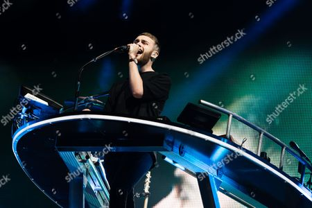 Disclosure performing on the Other Stage.  Howard Lawrence