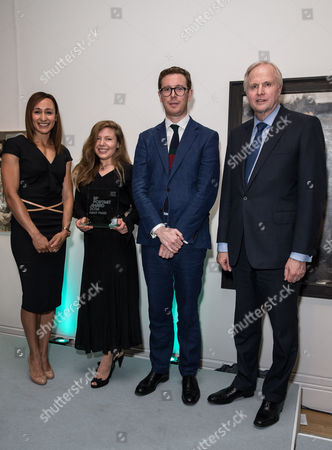 Jessica Ennis, Clara Drummond (Winner of the BP Portrait Award), Dr Nicholas Cullinan (Director of the National Portrait Gallery) and Bob Dudley (Group Chief Executive of BP)