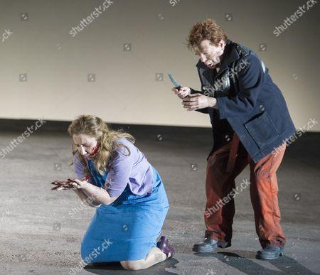Laura Wilde as Jenufa, Peter Hoare as Laca