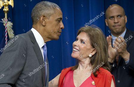 Barack Obama and Bonnie Lautenberg, widow of US Senator Frank Lautenberg