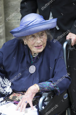 Dowager Lady Brabourne arrives at Romsey Abbey.