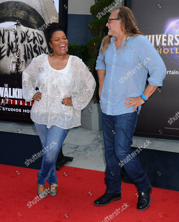 Yvette Nicole Brown and Gregory Nicotero