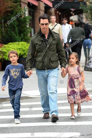 Levi Alves McConaughey, Matthew McConaughey, Vida Alves McConaughey