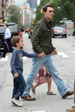 Levi Alves McConaughey, Matthew McConaughey