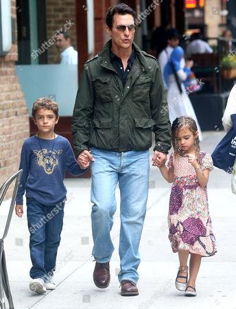 Matthew McConaughey, Levi Alves McConaughey, Vida Alves McConaughey