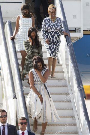 Stock Picture of Michelle Obama, Malia Obama, Sasha Obama and Marian Robinson