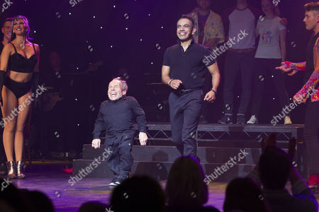 Warwick Davis (Evil Lord Hector/Producer) and David Bedella (Lex) during the curtain call