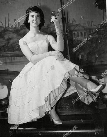 Actress Sheila Kennedy In The Cast Of 'salad Days' At The Vaudeville Theatre. Box 655 514121518 A.jpg.