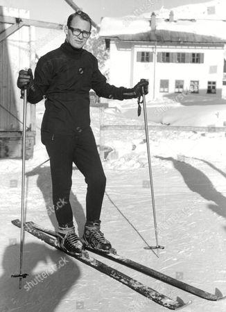 Editorial image of Angus Miller Secretary Of The Cambridge University Ski Team Box 658 721121510 A.jpg.