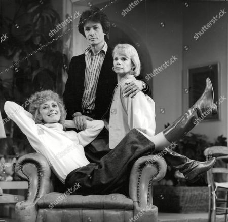 Tv Programme: Poor Little Rich Girls. L-r: Maria Aitken George Chakiris Jill Bennett. Box 659 922121549 A.jpg.