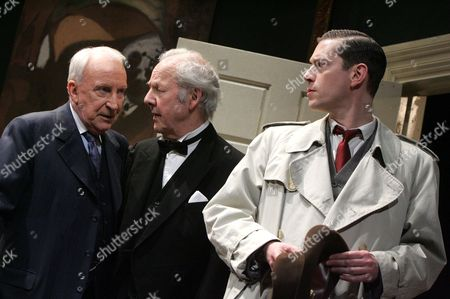 Editorial photo of 'THE CREEPER' PLAY AT THE PLAYHOUSE THEATRE, LONDON, BRITAIN - FEB 2006