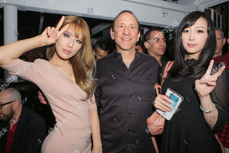 Stock Photo of Mark Weinstein, Doremi and Tasha of Spiral Cats