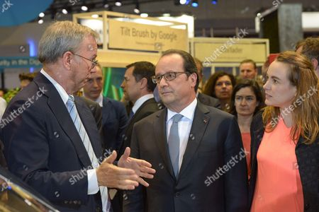 Francois Hollande with Axelle Lemaire, State Secretary in charge of Digital
