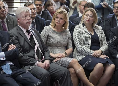 Simon Weston and International Development Secretary Justine Greening
