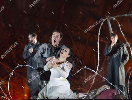 Lianna Haroutounian as Leonora, Francesco Meli as Manrico