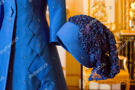 Hat designed by Sir Norman Hartnell worn by Queen Elizabeth II to the wedding of Princess Anne to Captain Mark Phillips at Westminster Abbey on 14 November 1973
