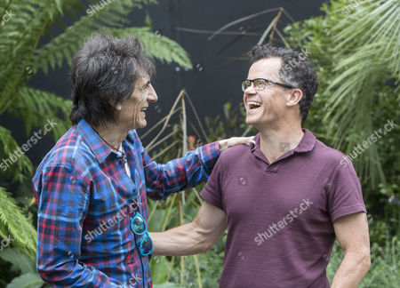 Ronnie Wood and Dominic Holland at the Bowel Disease UK 'Garden for Crohn's Disease'