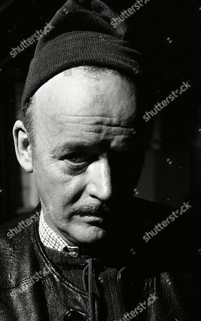 Robert Urquhart (Season 1, Episode 3 - Old Comrades)