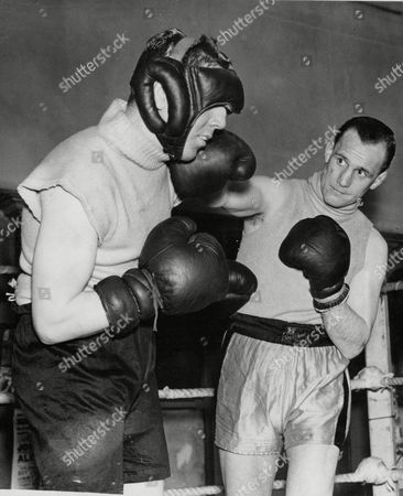 Boxer Jack Lord (facing Camera) The Rochdale Welterweight Sparring With Chuck Parker. Box 665 329011645 A.jpg.