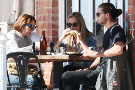 Travis Burns with girlfriend Emma Lane