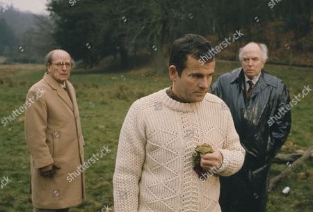Stock Picture of Ian Holm, Leslie French, Liam Redmond (Season 1, Episode 8 - The Treat)