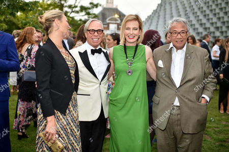 Kate Moss, Tommy Hilfiger, Julia Peyton-Jones and Sir David Tang