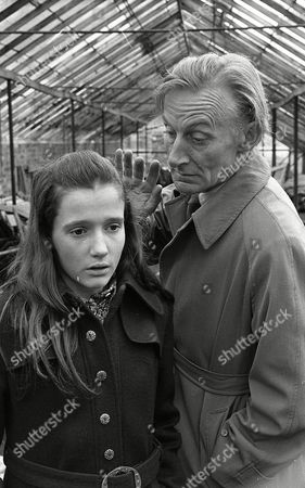 Stock Image of Geoffrey Bayldon, Gillian Bailey (Season 1, Episode 13 - Have a Nice Time at the Zoo, Darling)