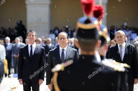 French president Francois Hollande, French Prime Minister Manuel Valls, Defense Minister Jean-Yves Le Drian