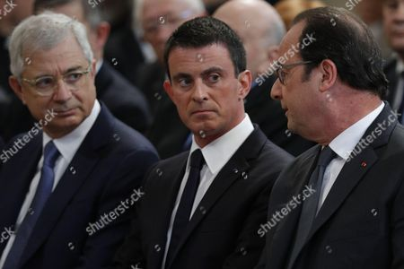 French President Francois Hollande (R), Prime Minister Manuel Valls and French National Assembly speaker Claude Bartolone