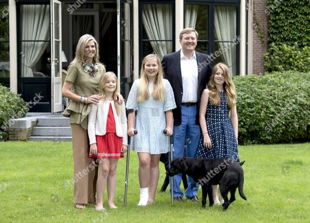 L-R: Queen Maxima of The Netherlands, Princess Ariane, Crown Princess Catharina-Amalia, King Willem-Alexander, Princess Alexia