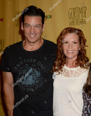 Robyn Lively and husband Bart Johnson