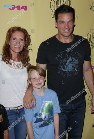 Robyn Lively, husband Bart Johnson and son