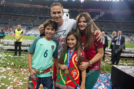 Portugal's Ricardo Carvalho celebrates in family at the end