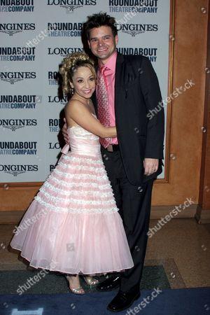 Jennifer Cody, Hunter Foster