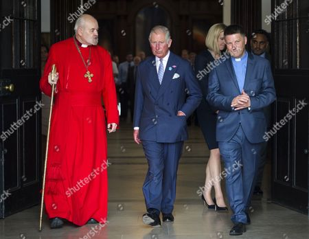 (l-r) The Bishop of London, Right Reverend Richard Chartres, Prince Charles and Revd Andy Rider, Rector of Christ Church Spitalfields.