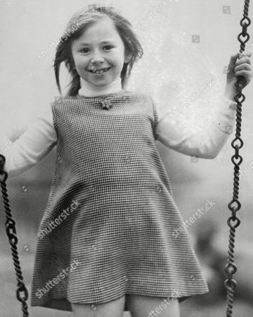 Stock Image of Cindy Burrows Daughter Of Tony Burrows Of The Edison Lighthouse Pop Group At Barbara Speake Stage School. Box 666 1002021620 A.jpg.