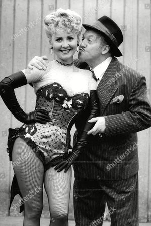 Editorial picture of Pop Star Lulu And Actor Norman Rossington In Guys And Dolls At The Palace Theatre. (for Full Caption See Version) Box 670 1001031649 A.jpg.