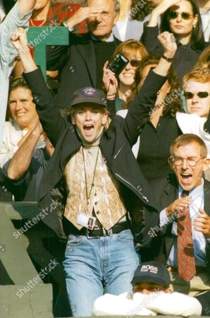 Daphne Deckers Girlfriend Of Tennis Player Richard Krajicek Celebrates His Win Of The Men's Singles Final At Wimbledon 1996. Box 670 101031620 A.jpg.