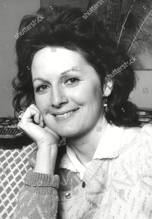 Author Rachel Billington (nee: Pakenham) Daughter Of Lord Longford And Wife Of Film Director Kevin Billington. Box 670 401031639 A.jpg.