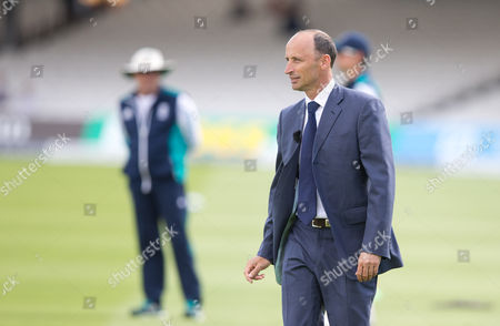 Nasser Hussain (R) during Day One of the 1st Investec Test Match between England and Pakistan played at Lord's Cricket Ground, London on July 14th 2016