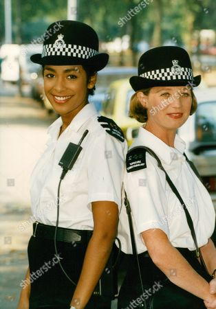 Television Programme: 'specials'. Actresses Kim Vithana (l) And Cindy O'callaghan (r). Box 671 1108031612 A.jpg.