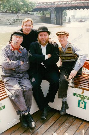 Television Programme: The Tales Of Para Handy. Actors Gregor Fisher (centre Hat) Rikki Fulton (l) Sean Scanlan (2nd Left) And Andrew Fairlie (r). Box 671 1108031614 A.jpg.
